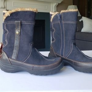 Clarks Leather Rubberized Blue Boots 7 M